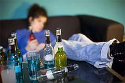 Средство Alkofreen Neo облегчает алкогольную ломку.